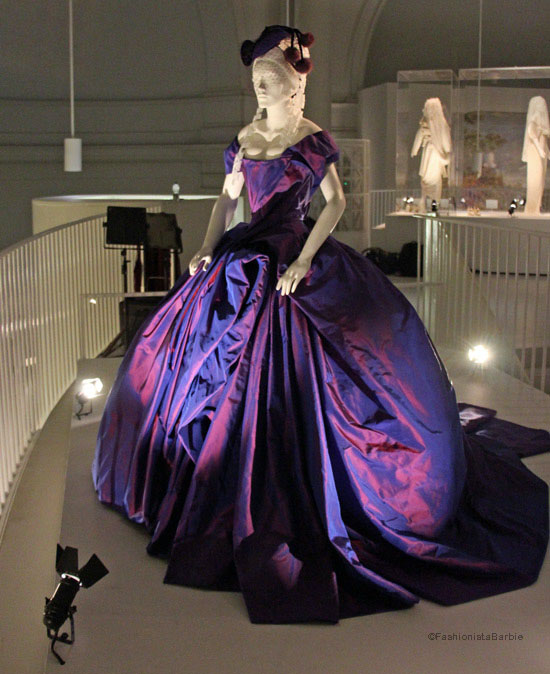 wedding dresses,v&A,fashion exhibition,exhibition,victoria and albert,wedding,bridal,bride