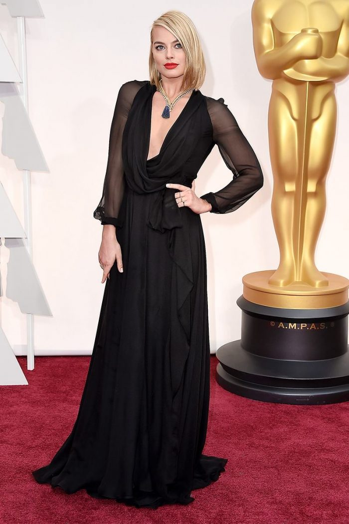 Oscars 2015: Margot Robbie In Saint Laurent