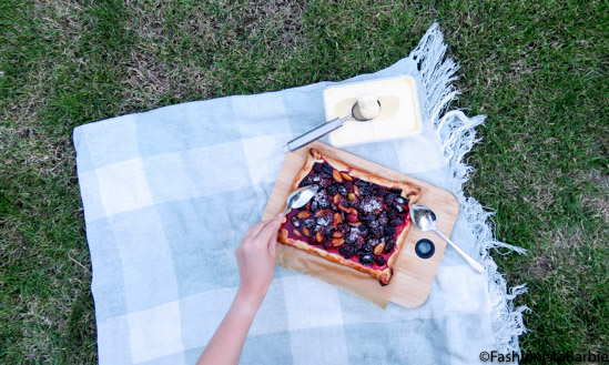 plum tart,plum and blackberry tart, tart, fruit tart, recipe,baking,fashionista barbie bakes,quick and easy