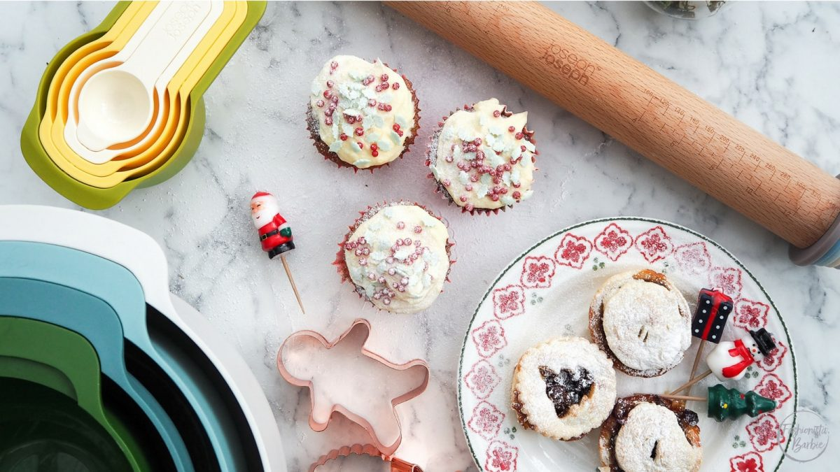 Christmas baking, baking gift guide,joseph joseph,mince pies, mince pie muffins,mincemeat muffins