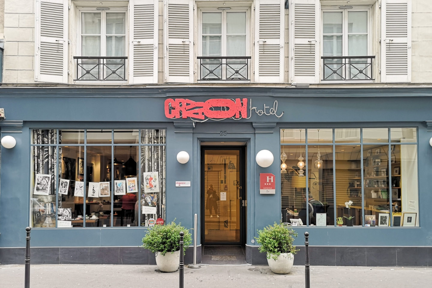 Hotel Crayon, Paris, Paris Hotel, Budget Hotel In Paris, Affordable Hotel In Paris, Boutique Hotel, Travel Review, Hotel Review, Travel Blog