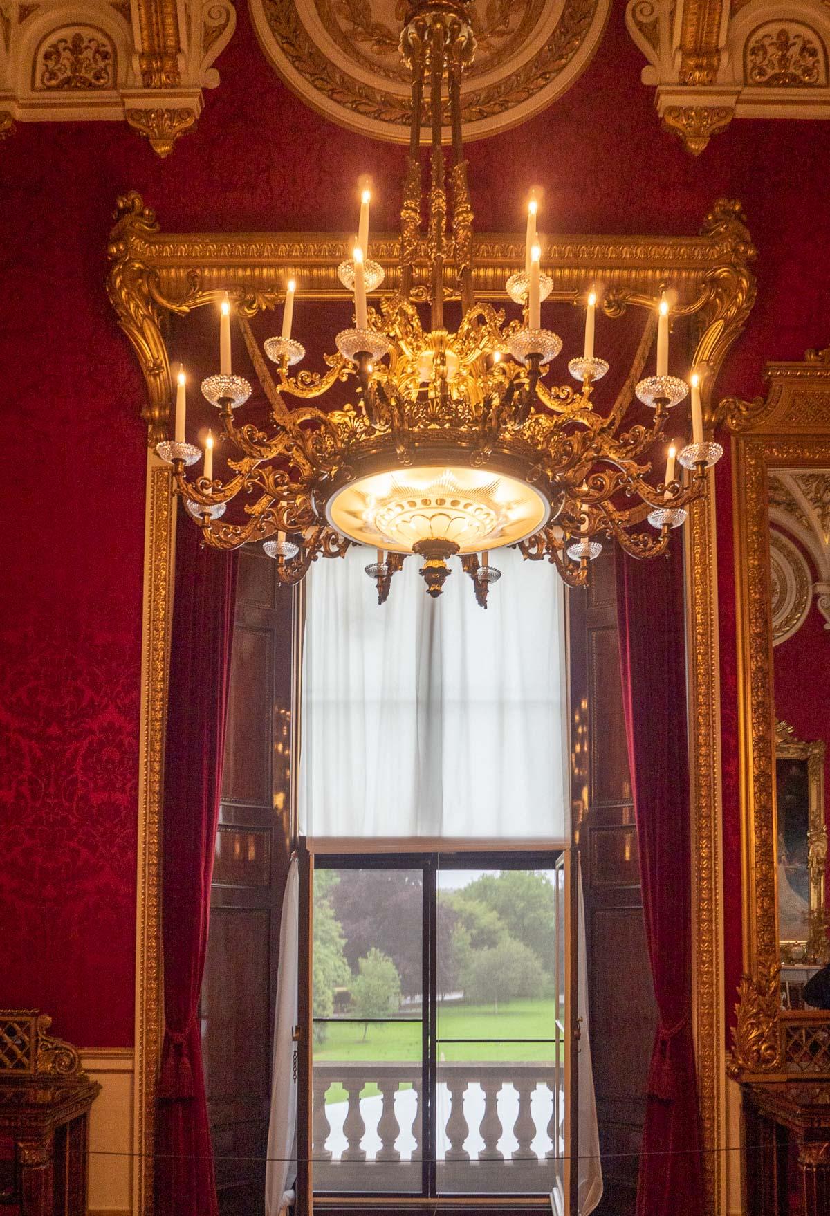 Buckingham Palace, Queen Victoria's Palace, Royal, London, London Landmark